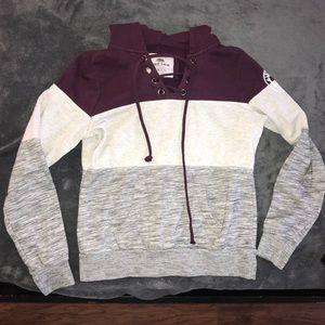 Hoodie / Pullover jacket